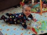 www.baby-brain.co.uk - The importance of Tummy Time with babies, aids development of gross motor skills, learning to push up, sit up, roll over, crawling. Have a Tummy Fun Time!