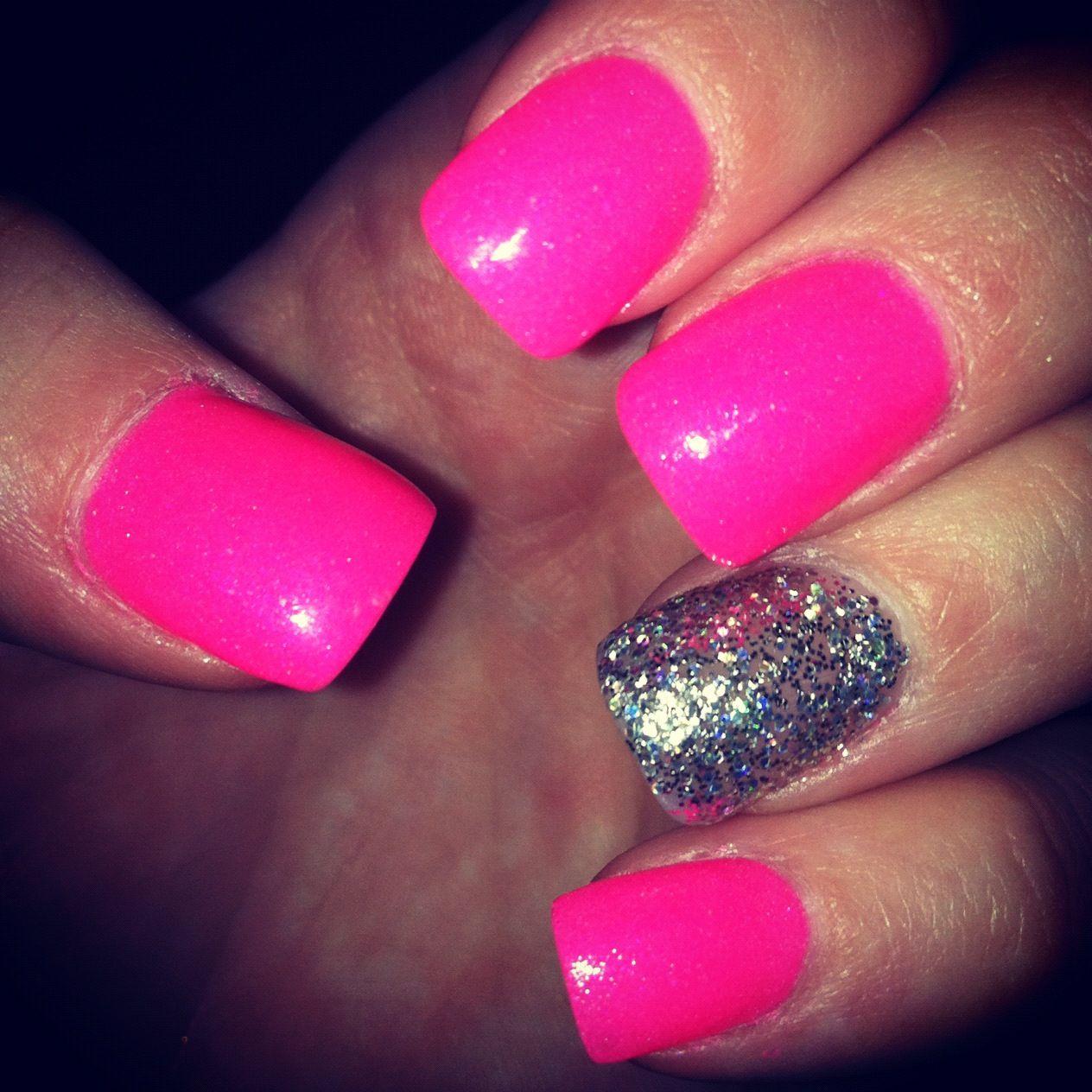 Barbie Pink Nails & Sparkle | beautƴ is skin deep.. ♡ | Pinterest ...