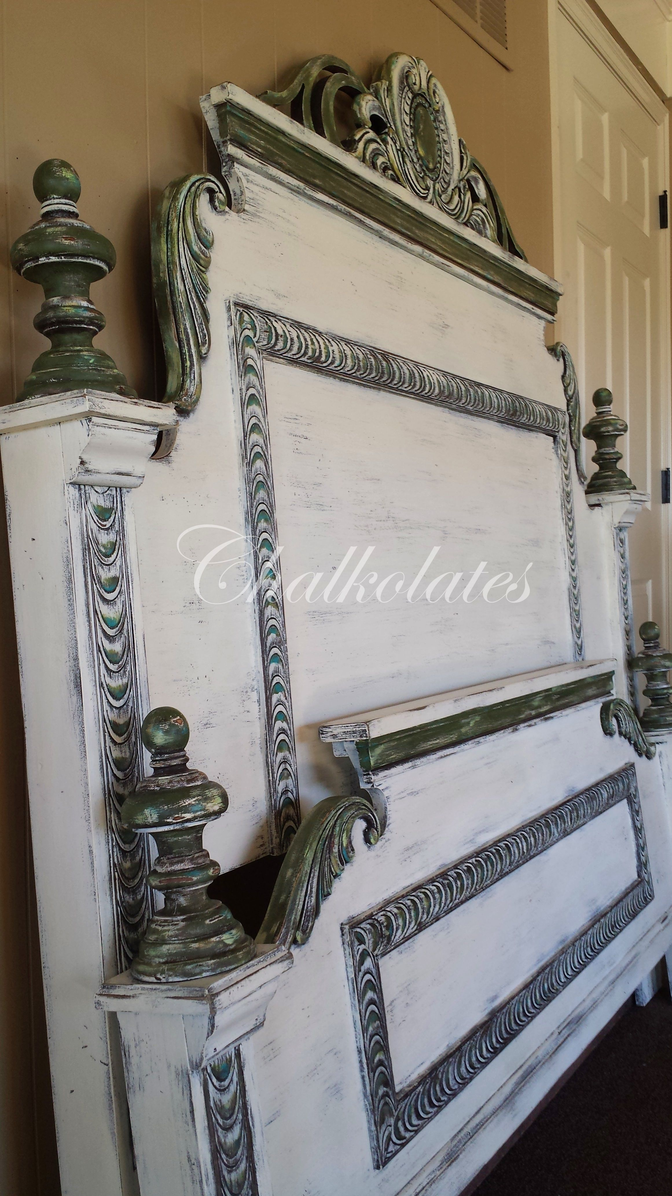 Custom painted bed frame. (head board, white,distressed