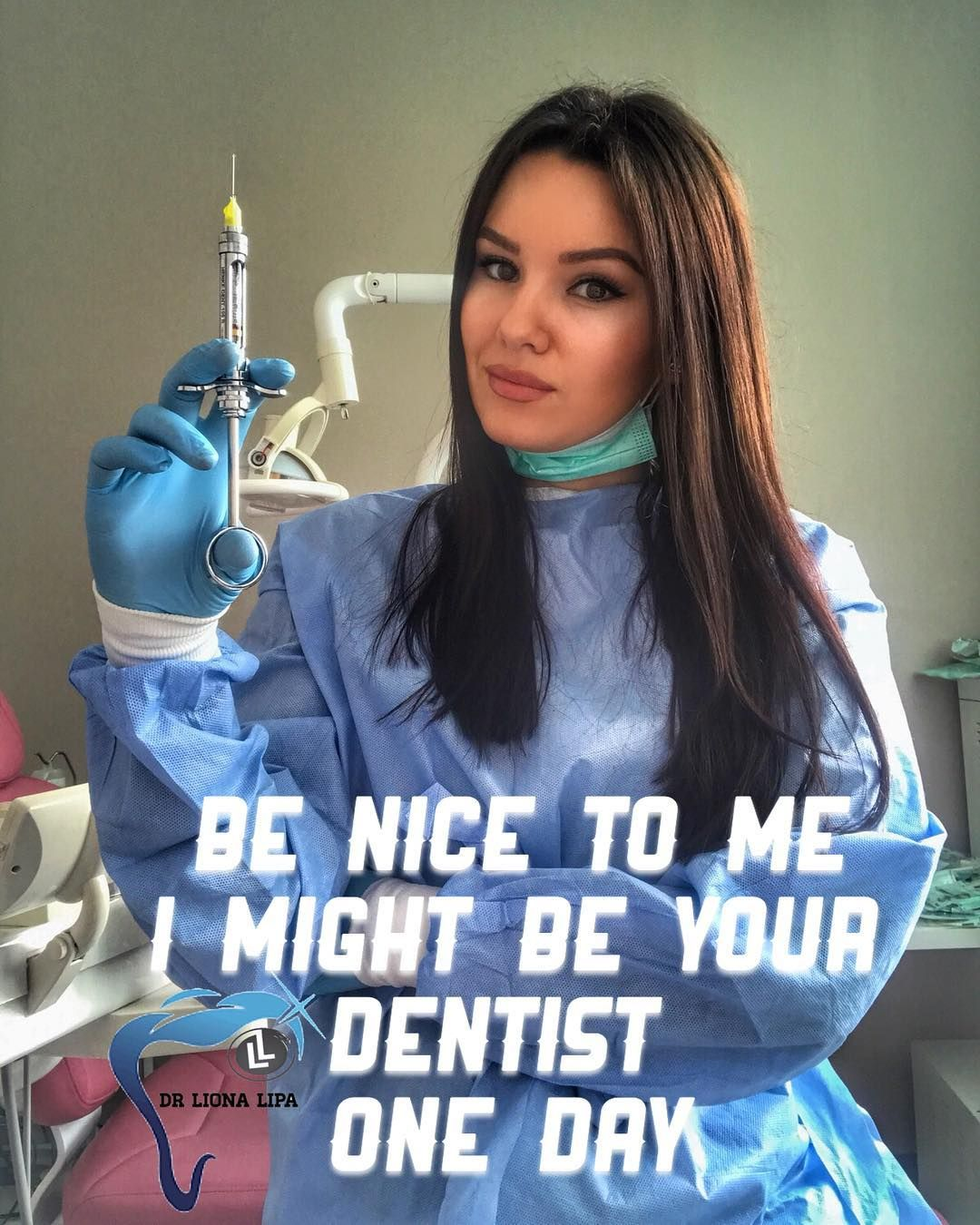 Pin By Mahya On My Saves Dental Assistant Dentist Doctor Dentist