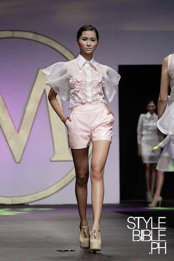 I always love modern interpretations of traditional Filipiniana clothing  f29520262