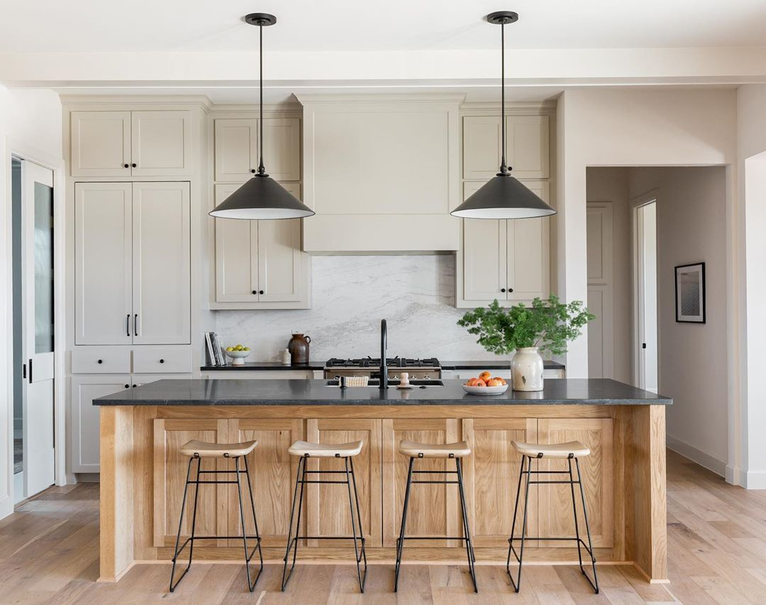 Brett Kara Brettandkara Posted On Instagram Do You Love A Lot Of Things On Your Counters Fo Kitchen Design Plans Diy Kitchen Renovation Kitchen Interior