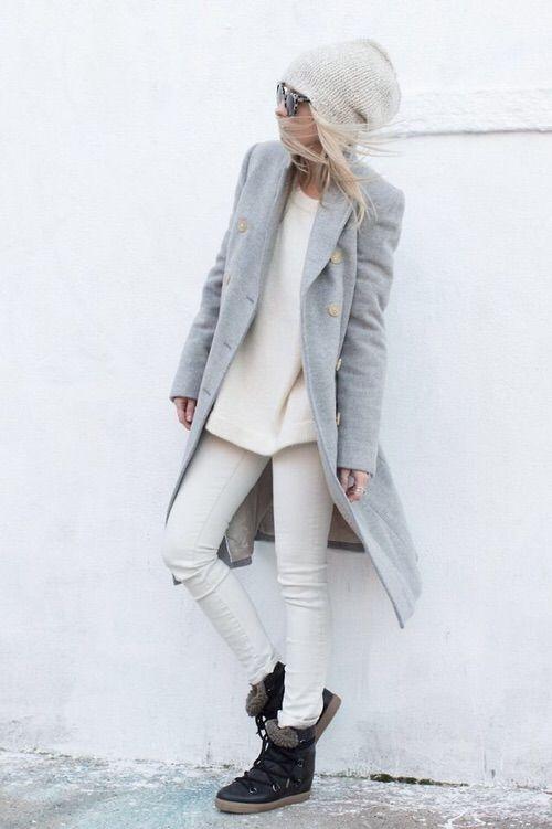 Image via We Heart It https://weheartit.com/entry/145961093/via/2659899 #blonde #fashion #grey #minimal #style #white