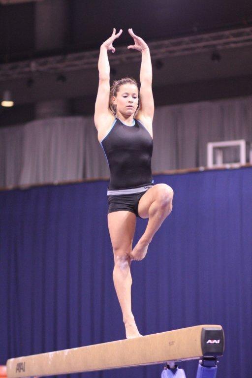 Sexy gator gymnast pics — photo 10