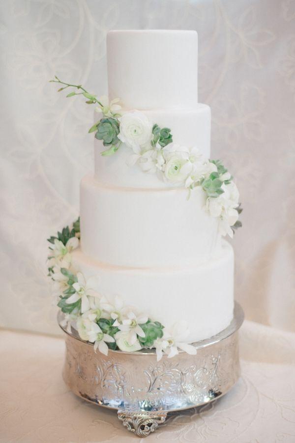 Romantic Mountain Wedding Wedding Cakes White Wedding Cakes
