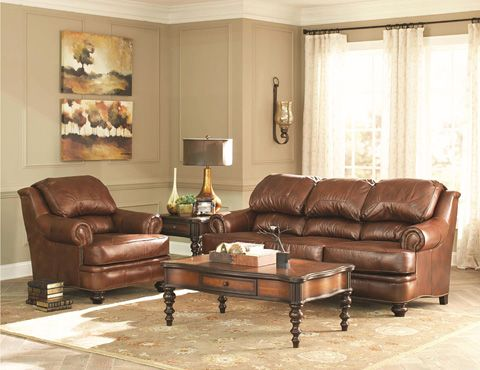 Sit back and put your feet up in this Broyhill Furniture Hamilton