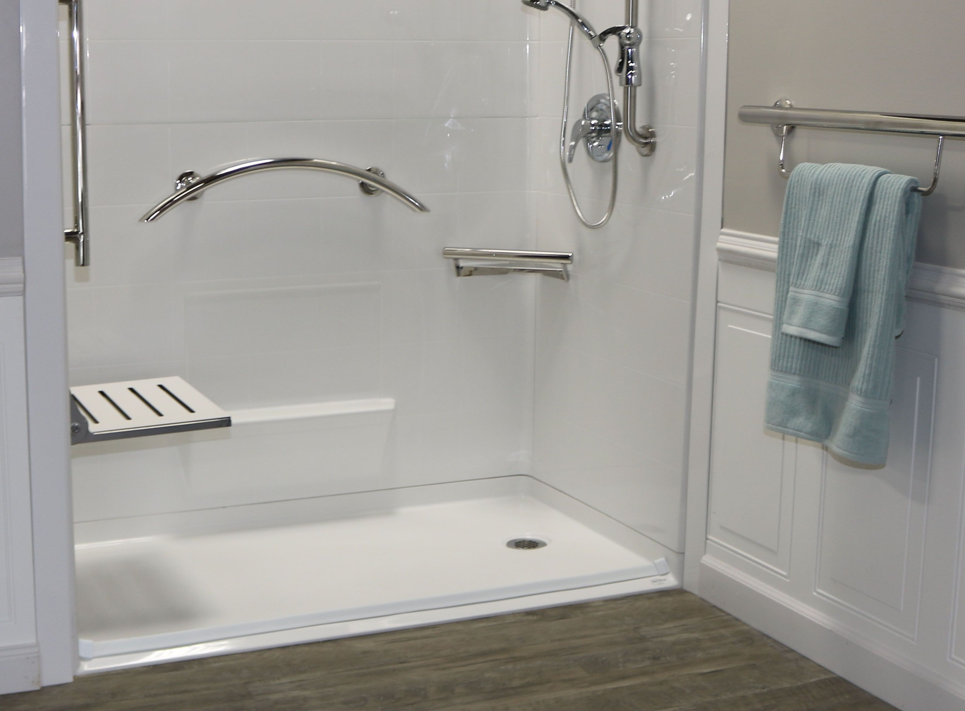 Handicap Shower Water Barrier : Accessorize your freedom barrier free shower with stylish