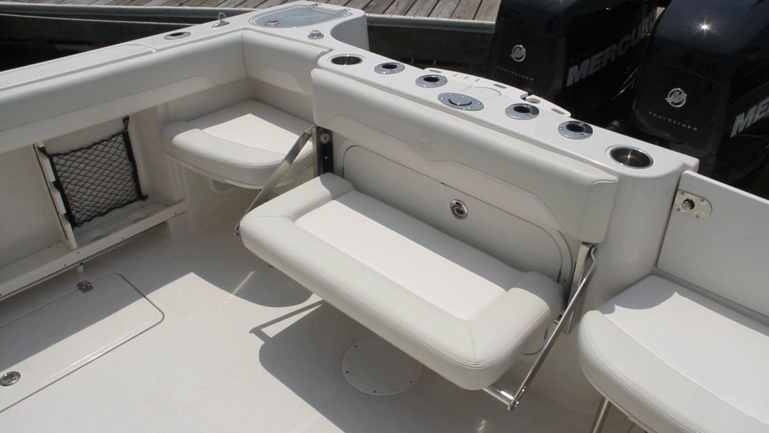 Sailfish 290cc The Center Aft Bench Seat Folds Away And The Port And Starboard Seats Are Removable And Can Be Stowed In T Boat Interior Boat Projects Sailfish