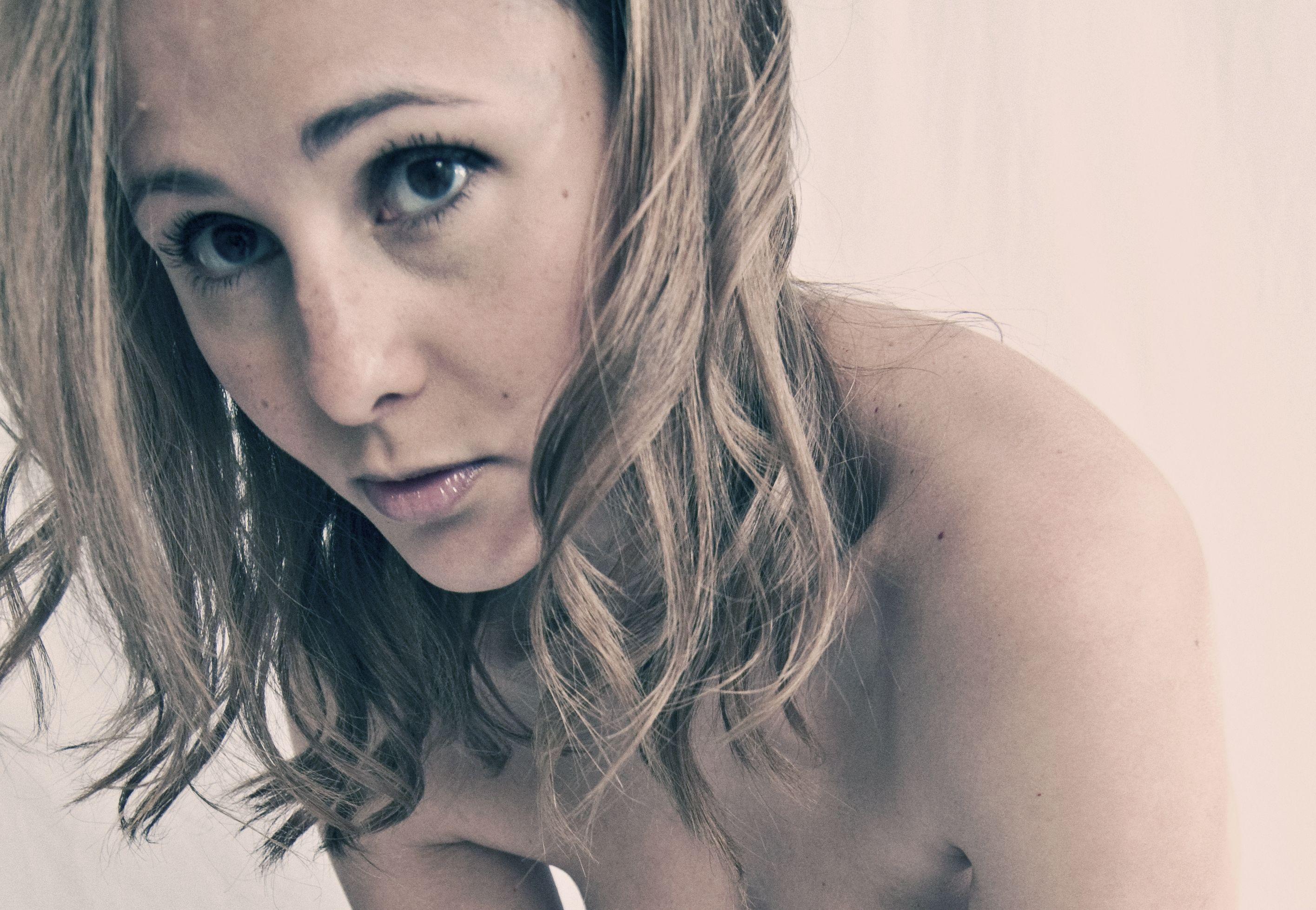 Images Liz LaPoint nude (93 photo), Topless, Sideboobs, Boobs, underwear 2006