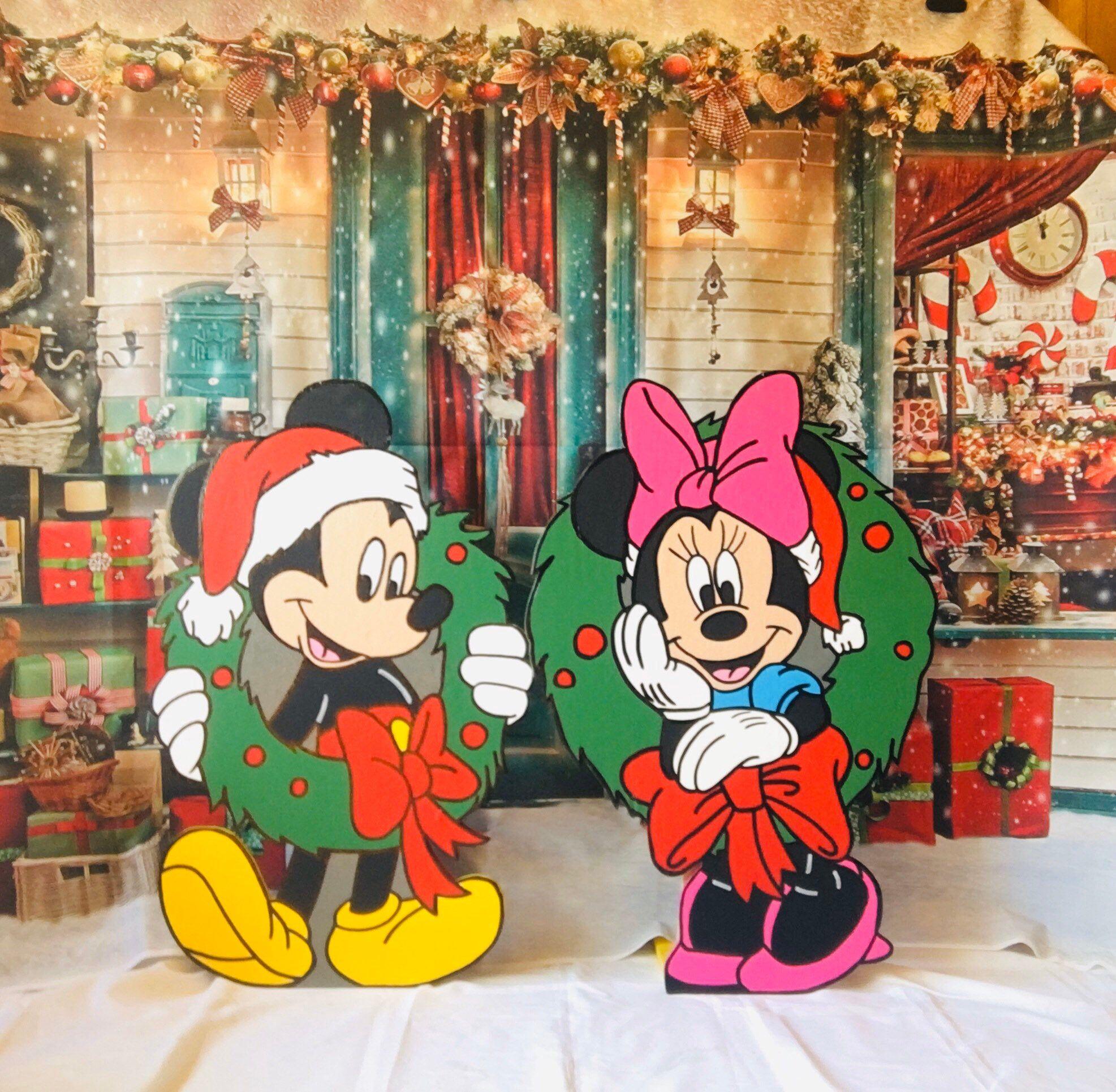 Disney Mickey And Minnie Christmas Yard Art Set Disney Yard Etsy Disney Christmas Decorations Christmas Yard Art Minnie Christmas