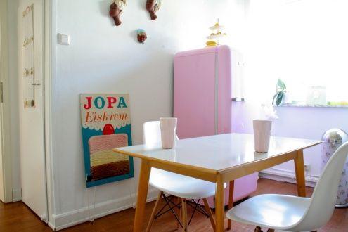 in der Küche, Tags Smeg + Eames + Pastell + 50er Jahre