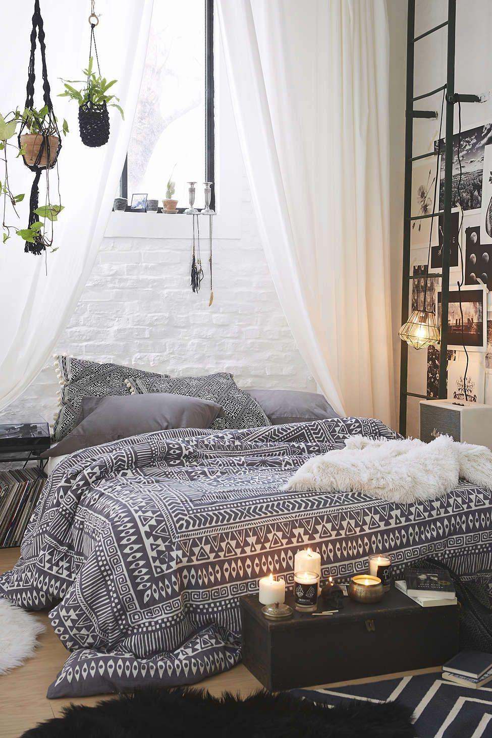 urbanoutfitters com room pinterest schlafzimmer schlafzimmer ideen und zuhause. Black Bedroom Furniture Sets. Home Design Ideas