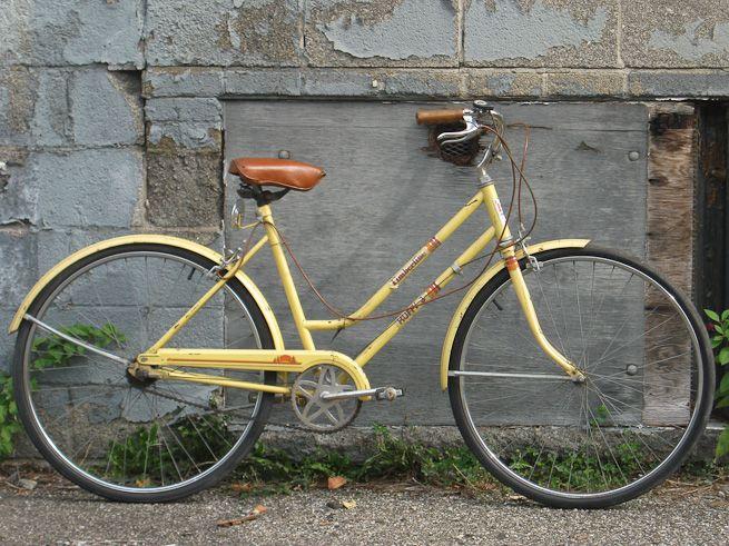 Huffy Timberline Women S 3 Speed Bike Yellow Bicycle Rainbow