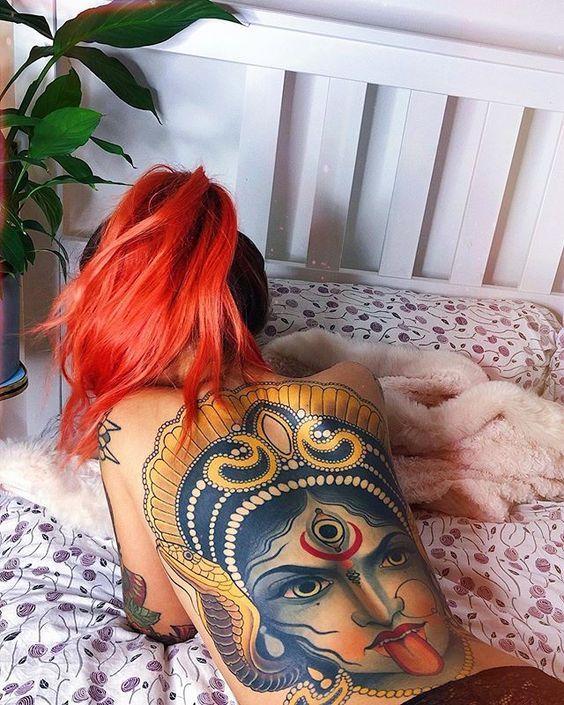 Girl back tattoo in 2020 Womens hairstyles, Girl back