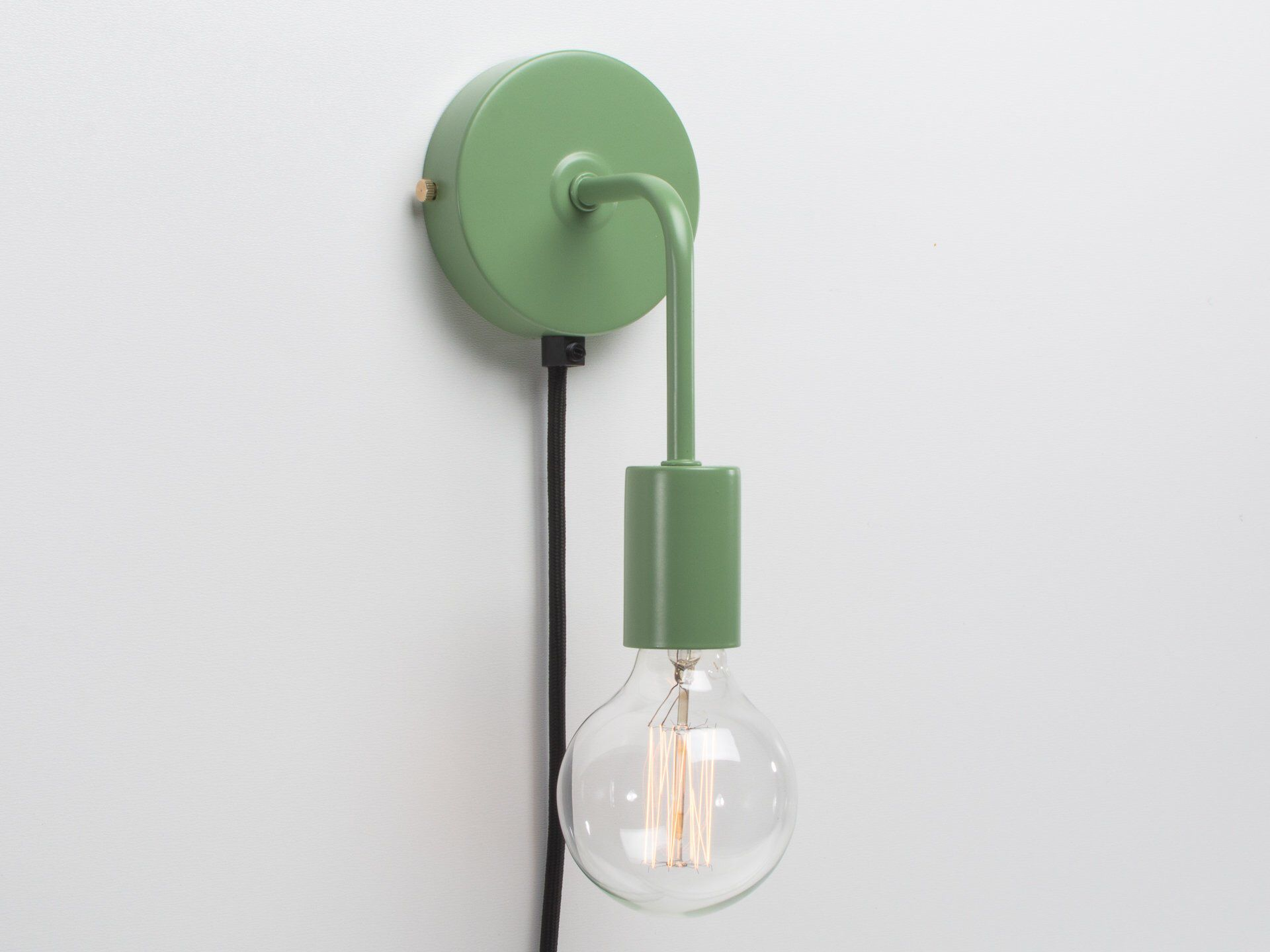 Minimalist Color Wall Sconce Plug In On Off Switch Green Retro Loft Industrial Lamp By Retrolightstore On Etsy Plug In Sconce Wall Colors Sconces