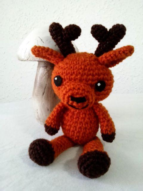 patron gratuito reno amigurumi crochet reindeer english pattern ...