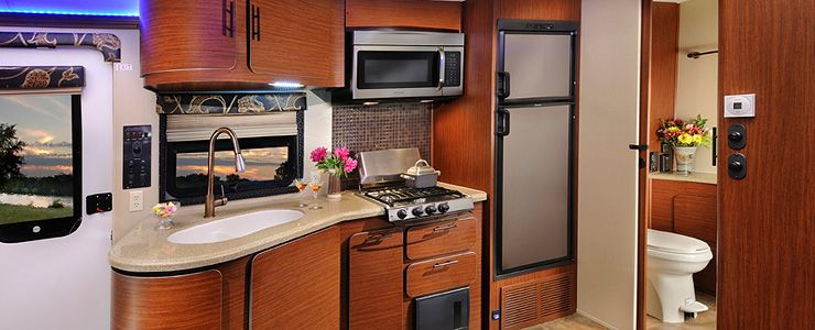 Aviator Rv Floor Plans: Check Out The Full Kitchen Inside The New Luxury Forest