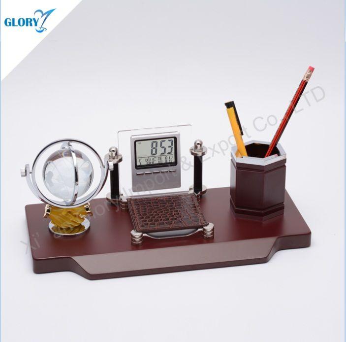Wooden Desktop Crystal Globe Souvenirs With Pen Holder Pen