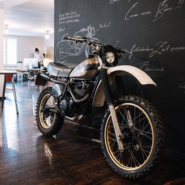Motomood Yamaha Xt250 Hookie Co Scrambler Vintage Bikes Yamaha
