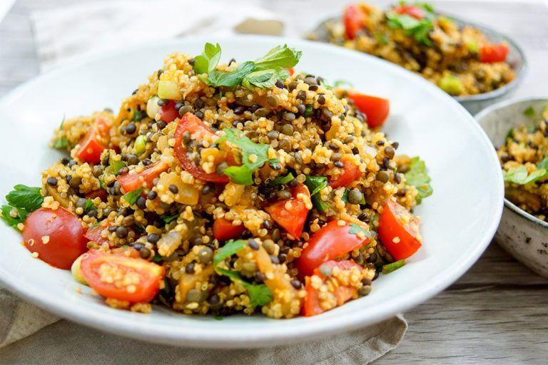 Linsen Quinoa Salat mit Aubergine Rezept | Elle Republic : Linsen Quinoa Salat mit Aubergine und To