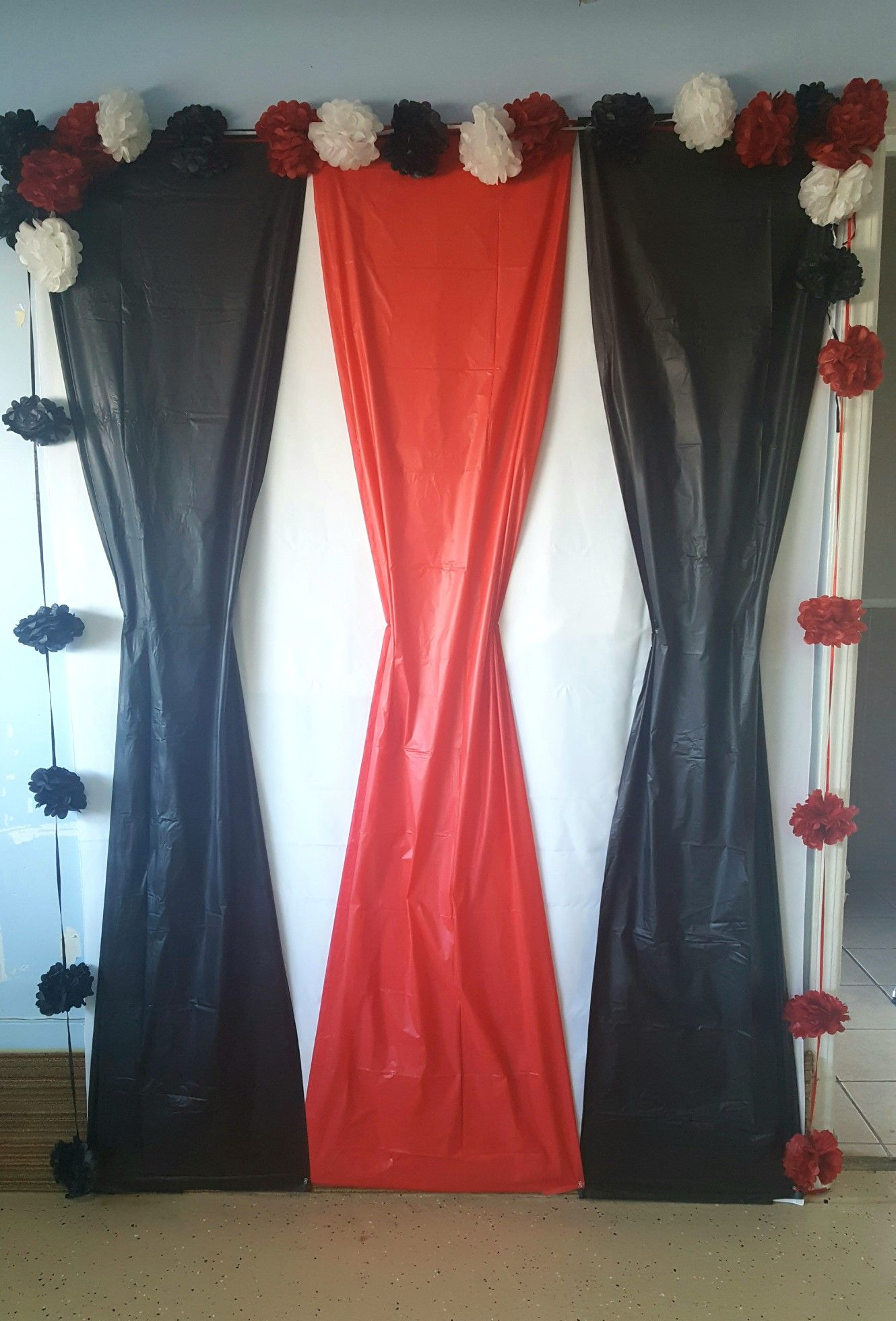 Diy Dollar Tree Backdrop Red Black White Party Theme White Party Theme White Party Decorations Red Party Decorations