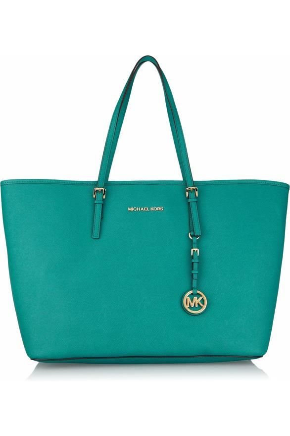 4ced240af8a8 Michael kors bag, that color... Pixie Frizurák, Tervezői Táskák, Coach