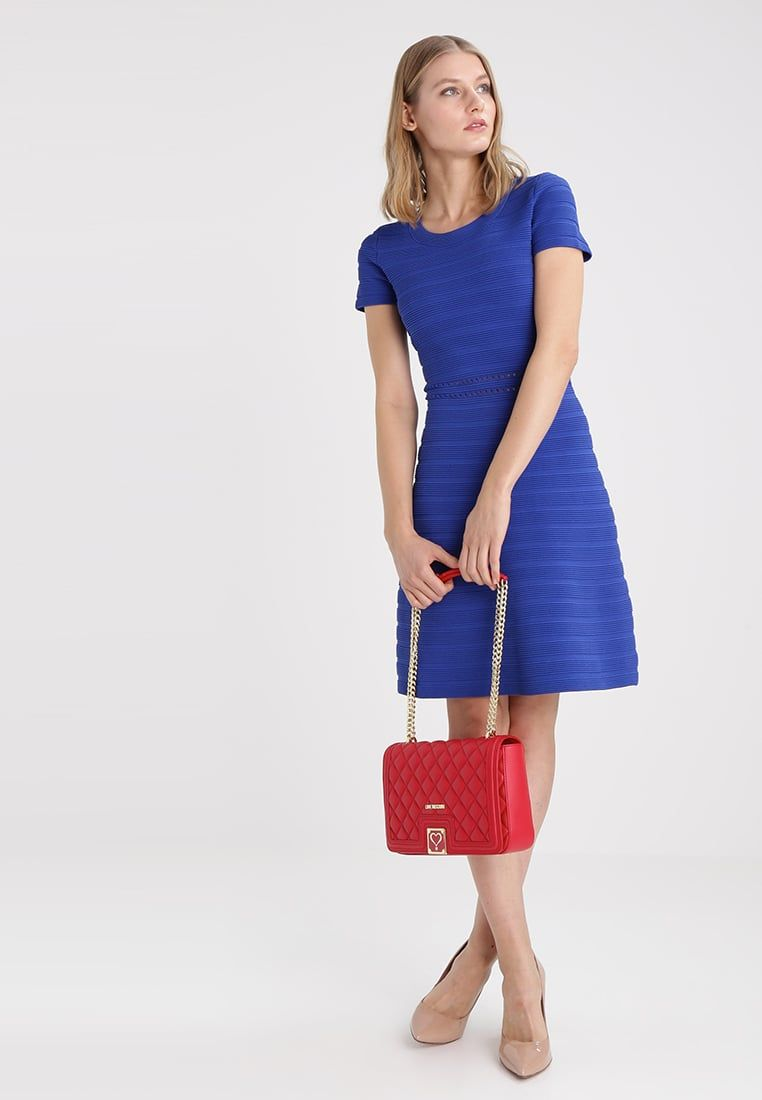 Love Moschino Käsilaukku - red bag blue dress - Zalando.fi