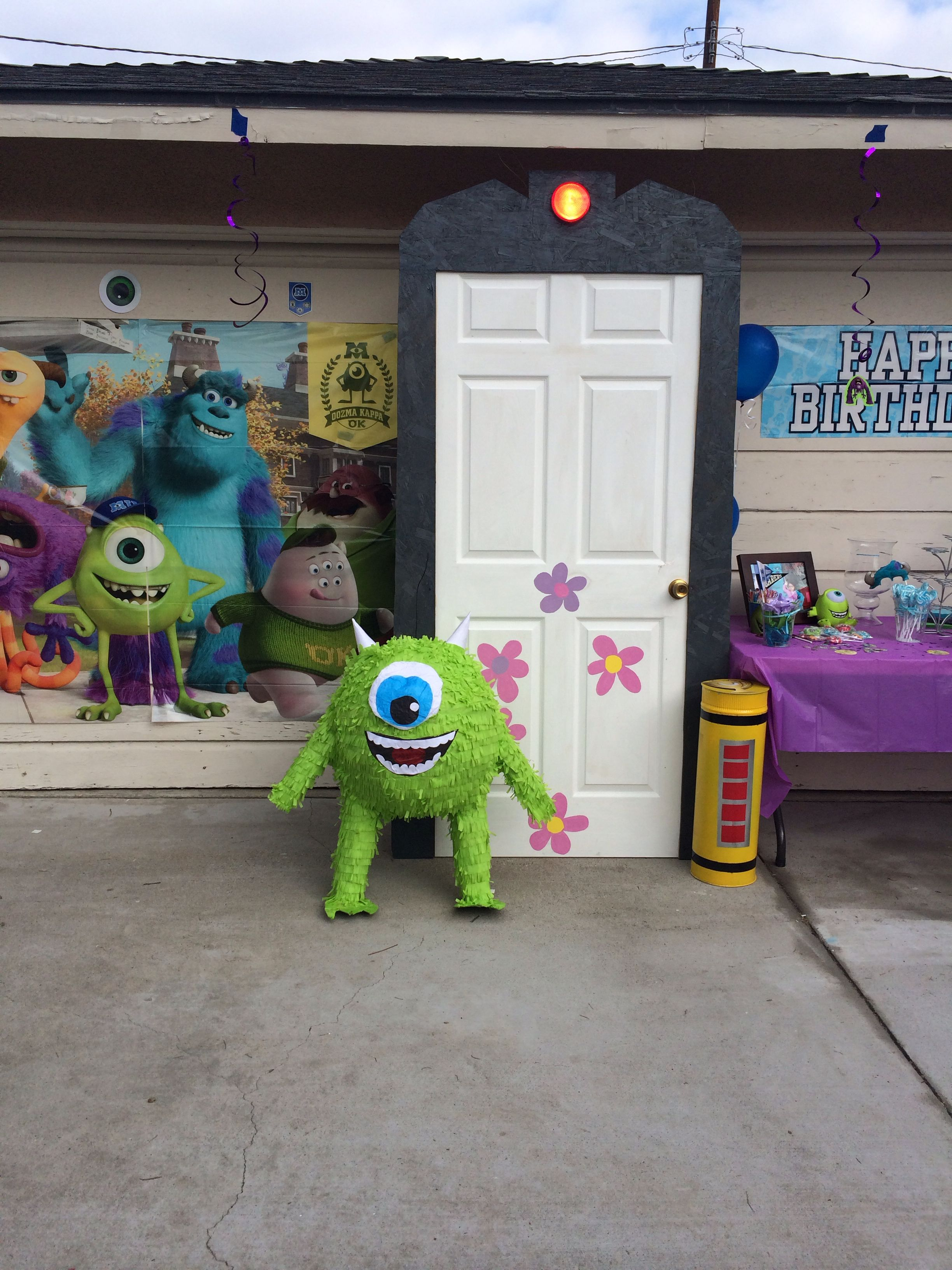 Monsters Inc Party Boo S Door Can Make From Paper Pretty Easy Decor Monster Inc Party Monster Inc Birthday Monster 1st Birthdays
