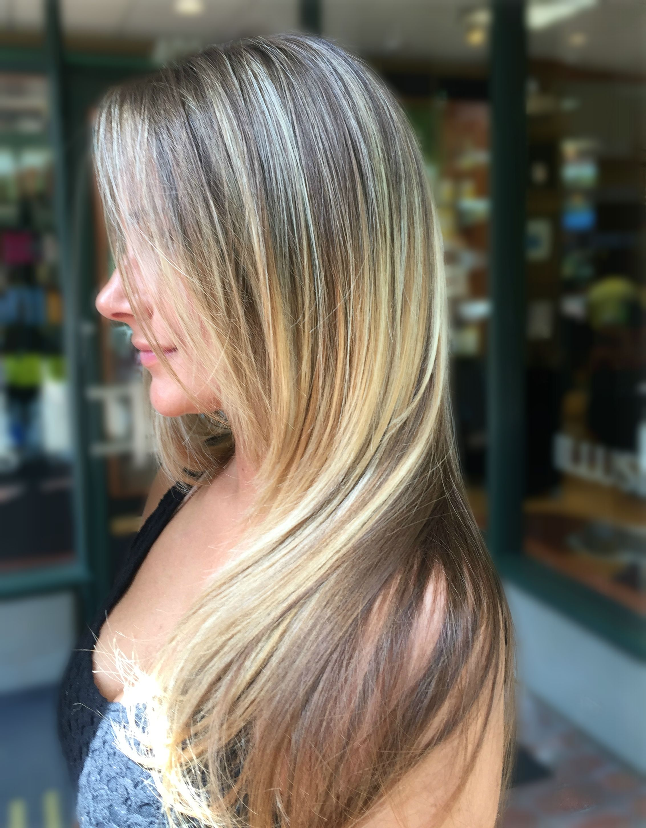 two tone color by gokhan, long hair style, blonde and brown