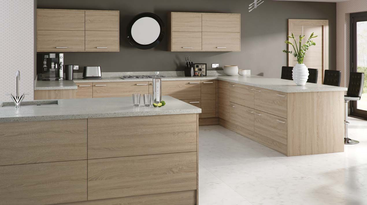 Modern Sheraton Kitchen, Available With Vertical Or Horizontal Grain, This  Light Bardolino Oak Kitchen