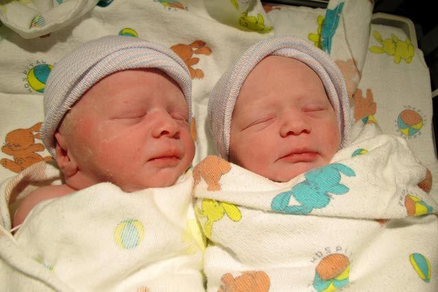 10 tips for better sleep with baby twins