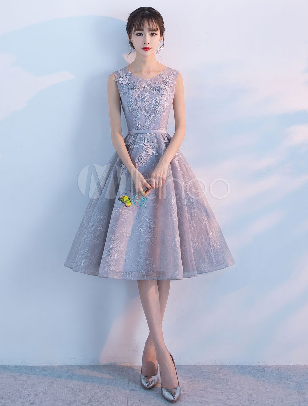 ca270f7db18 Lace Homecoming Dresses Short Light Grey Cocktail Dresses Knee Length  Sleeveless Graduation Dress