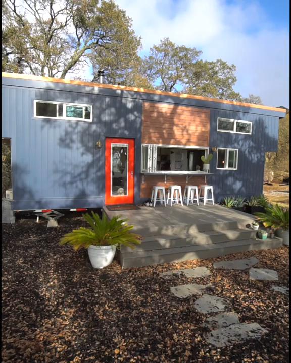 Tiny Home Tour of Tiny House Basics' Beautiful 374-sqft Home!