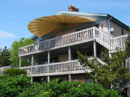Canvasworks Inc In Kennebunk Maine Awnings Seashell Awnings