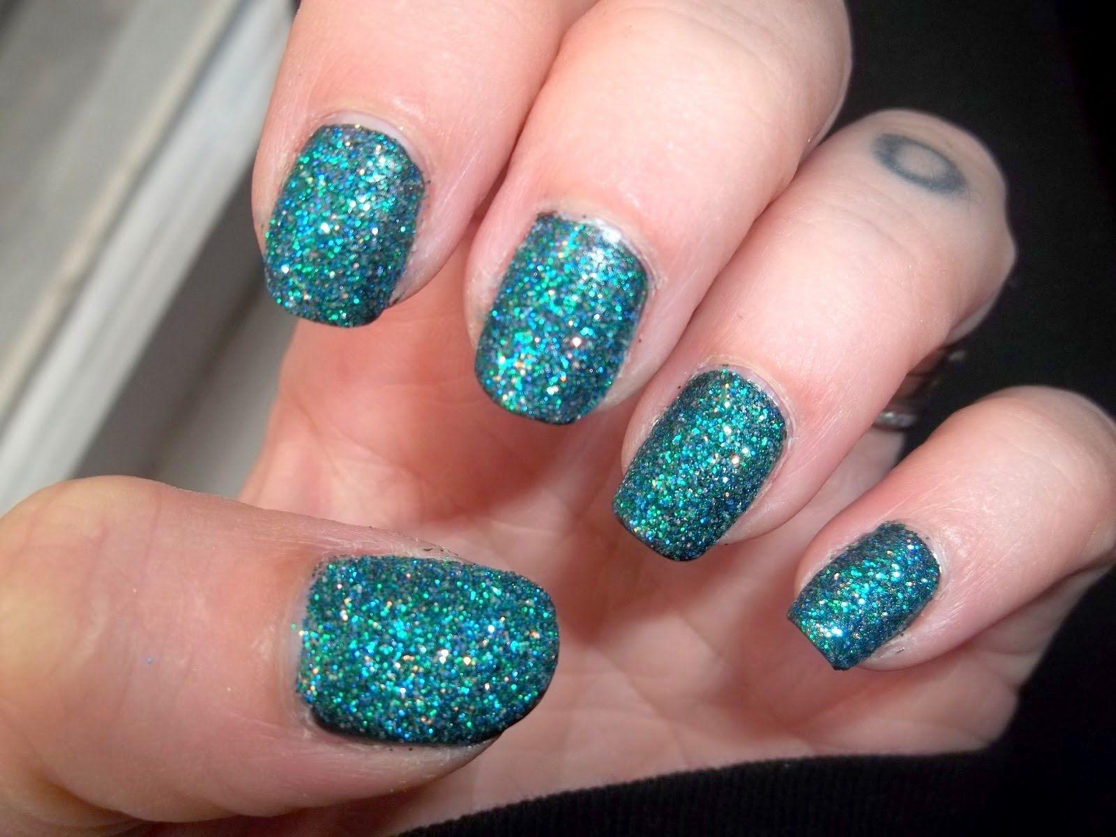 Pin de Laura Sofiia ♥ en Nails Glitter ・゚゚・・゚゚・・゚゚ | Pinterest