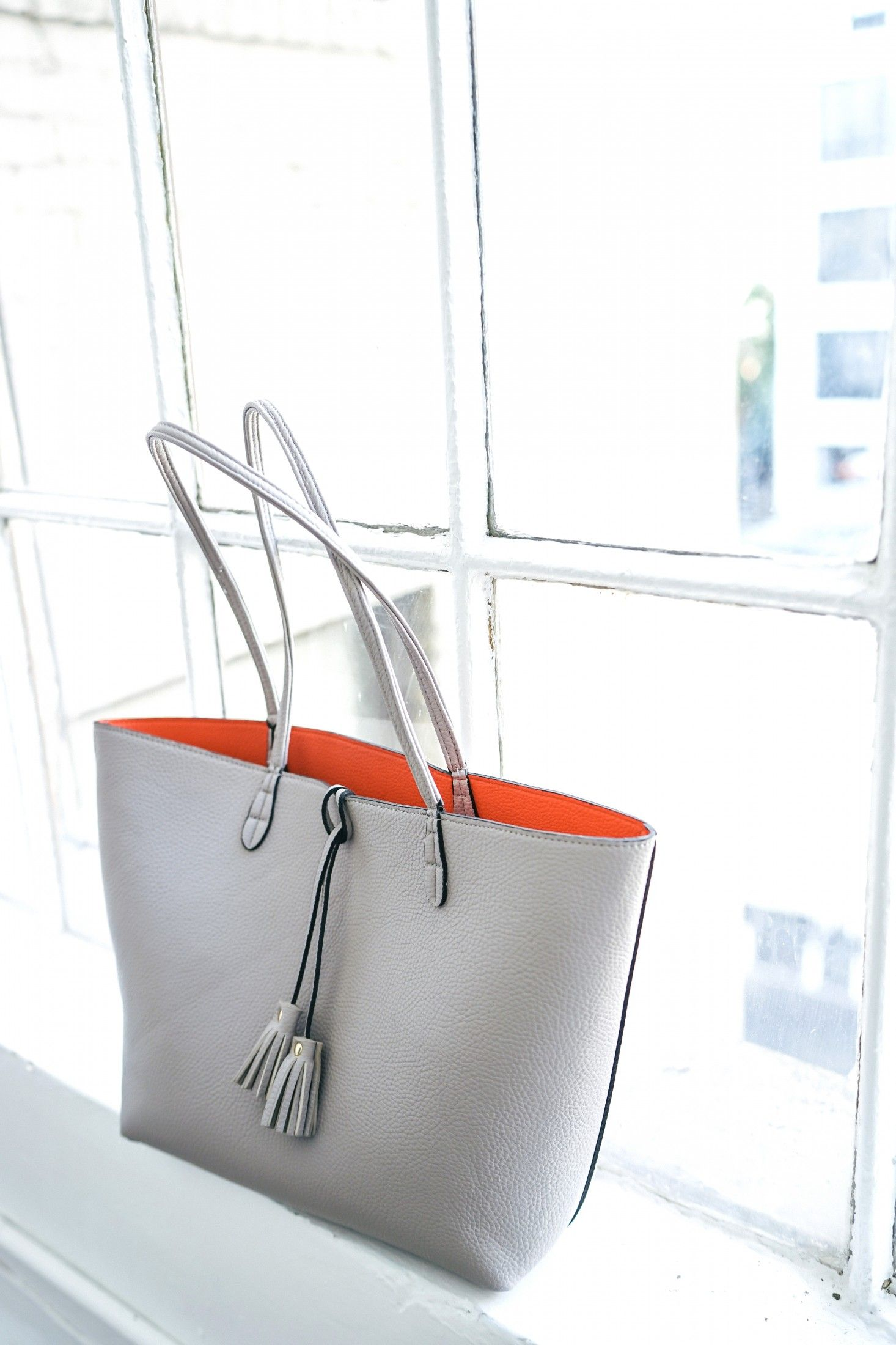 TheSoleSocietyreversible Campbell tote is the perfect tote for any occasion.
