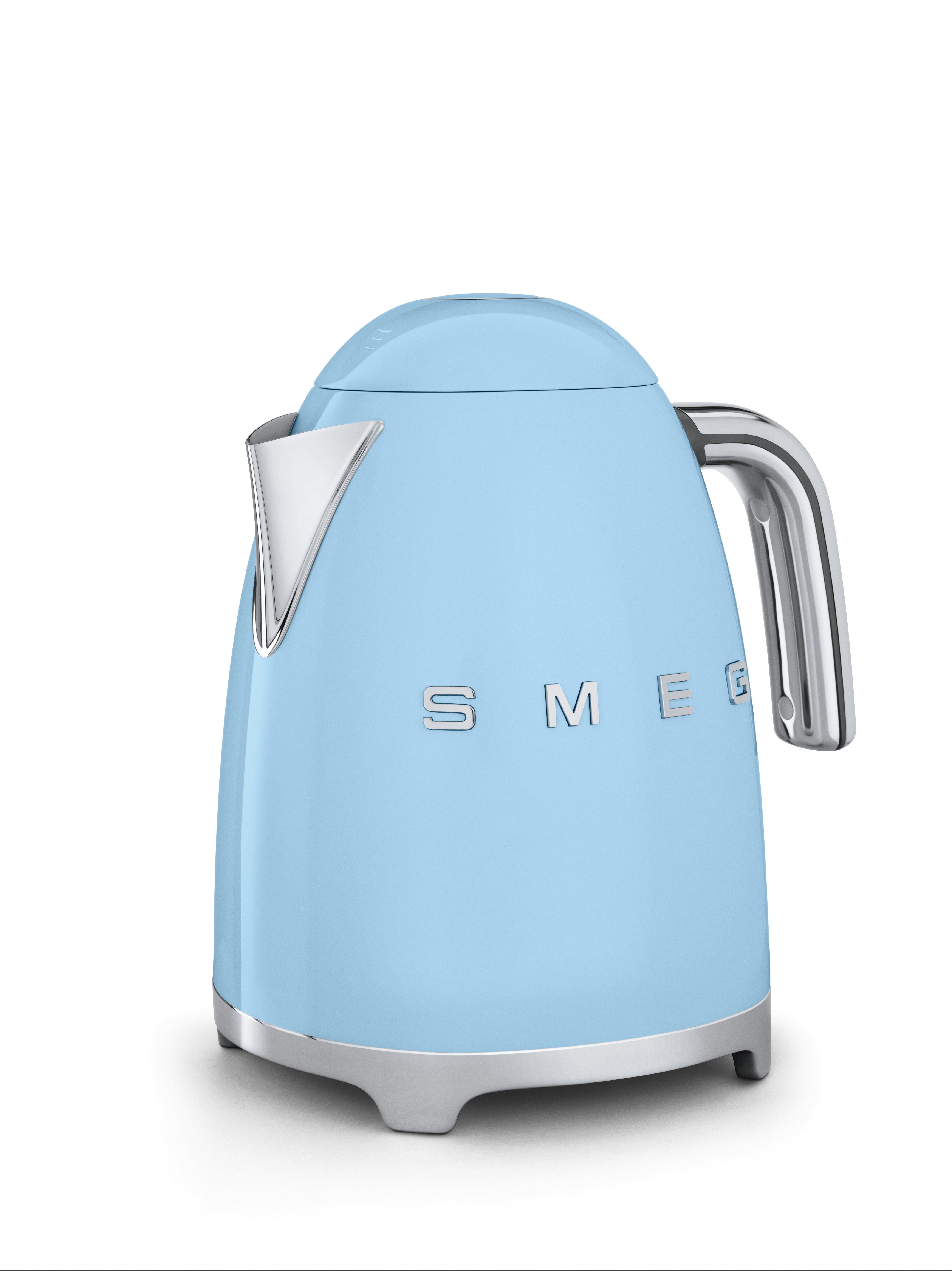 Beautiful smeg kettle in a pale blue smeg small