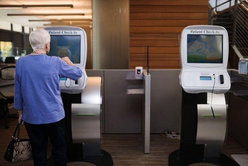 Everett clinic clinic check in kiosk installation