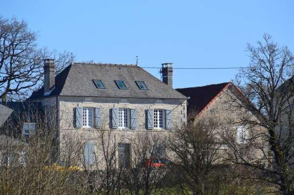 Sarrazac, Maison De Vacances Avec 5 Chambres Pour 14 Personnes. Réservez La  Location 1352581 · Private PoolLarge ...
