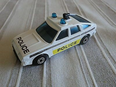 MATCHBOX ROVER 3500 POLICE CAR, NO. 8, 1:64, 1980, LESNEY ENGLAND - http://www.matchbox-lesney.com/?p=16185
