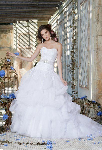 Group USA Wedding Dresses Photos on WeddingWire | Jamie | Pinterest ...