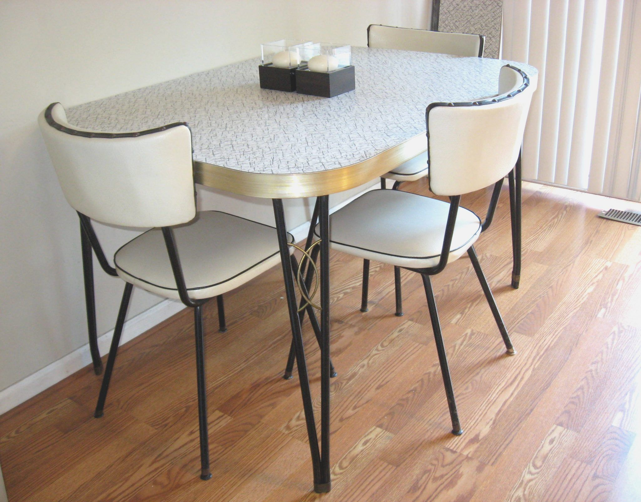 Kitchen Chairs Set Of 4 Chair Cushions Pads Table With Casters