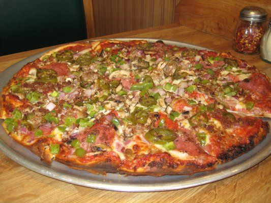 Cicero S Pizza Belly Buster With Jalepenos Instead Of Olives All Of The Thin Crust Is Yummy And Best In The Ba Thin Crust Pizza Restaurant Recipes Thin Crust