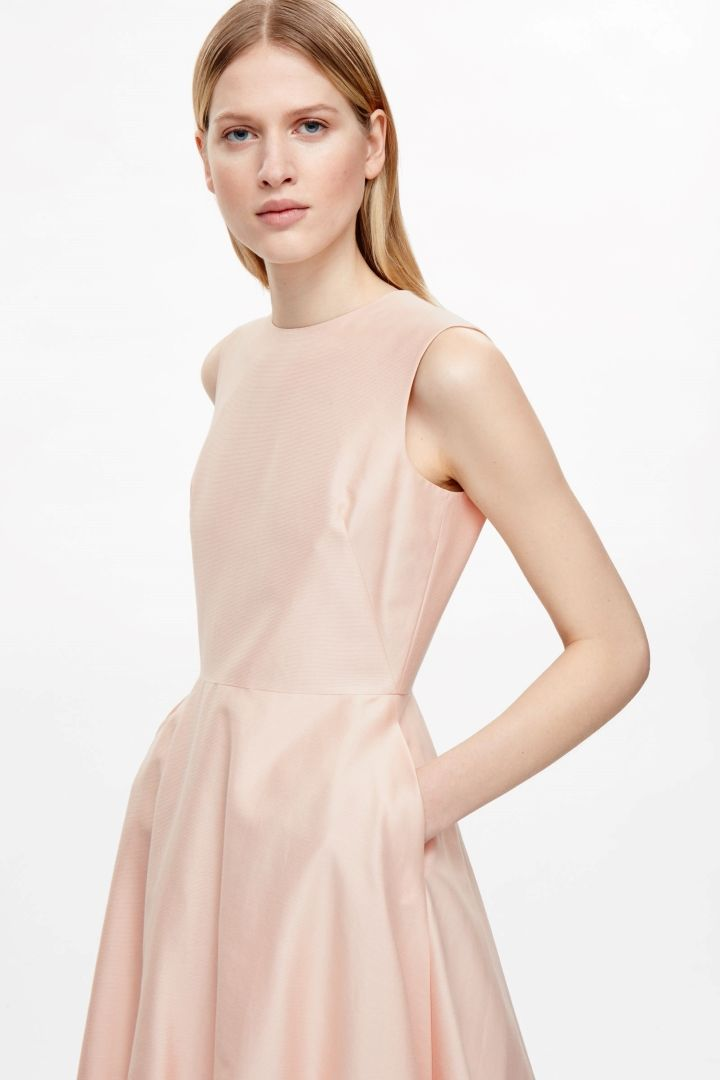 6b7dc917351f COS image 3 of Silk and cotton dress in Peach