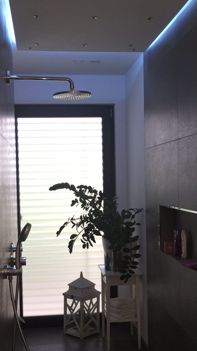 Bathroom, Shower, Light, indirect, indirekte Beleuchtung, Abkastung ...