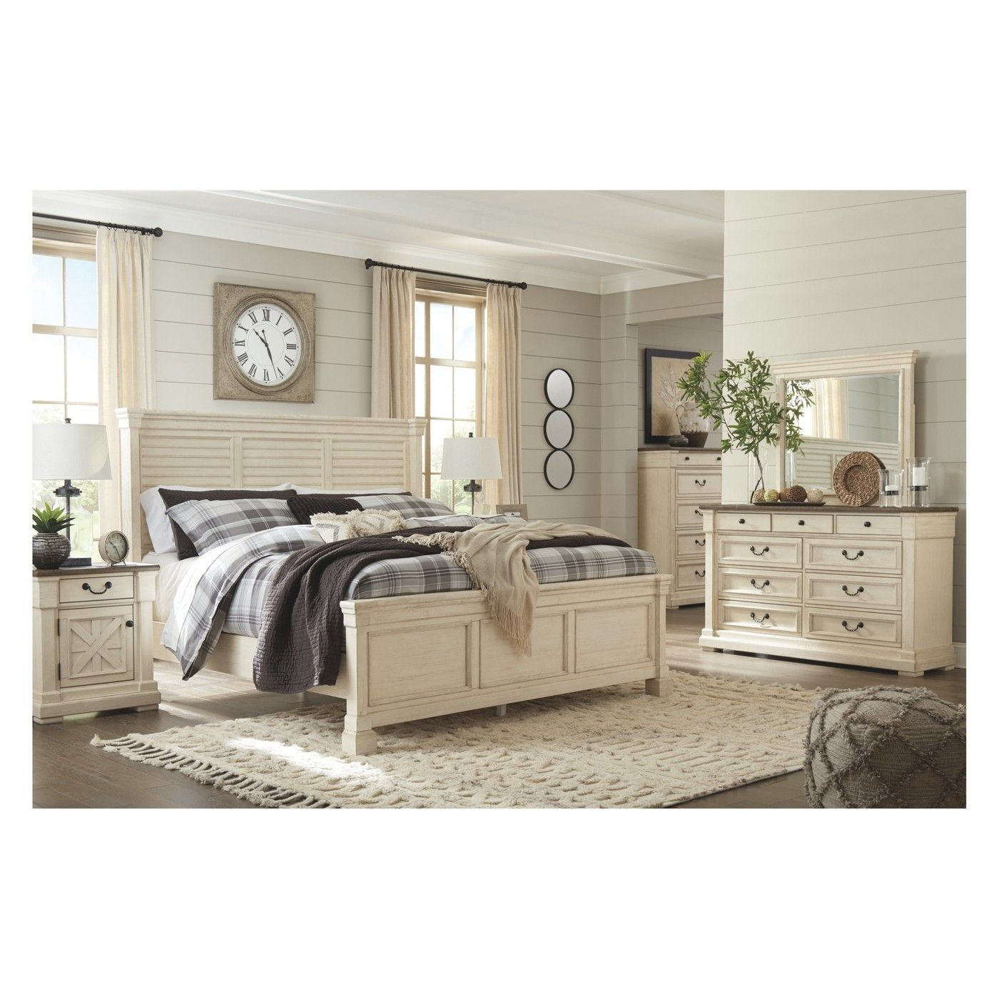 Best Bolanburg Dresser Antique White Signature Design By 400 x 300