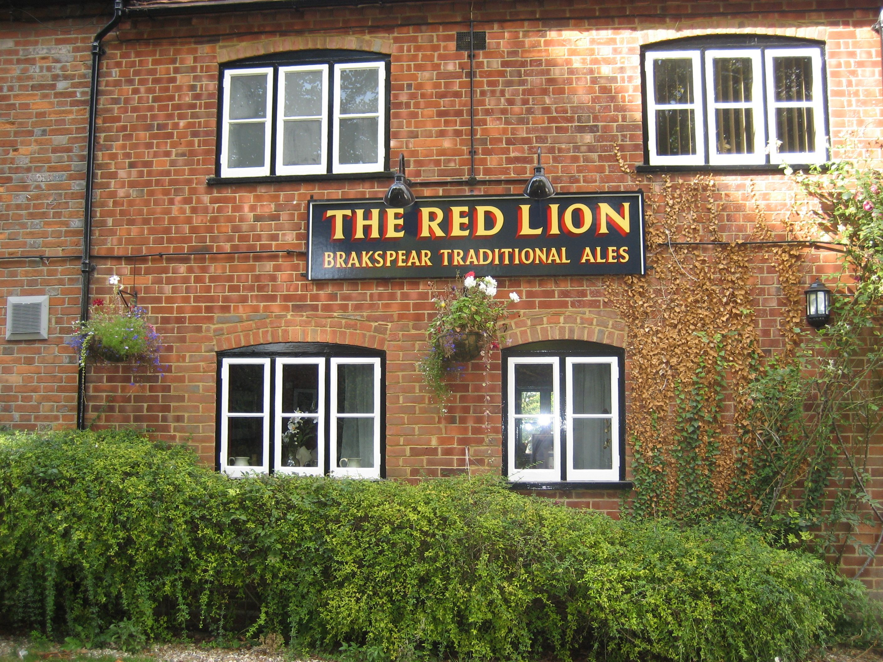 The Red Lion Pub, Blewbury, England | Travel in 2019 | Red
