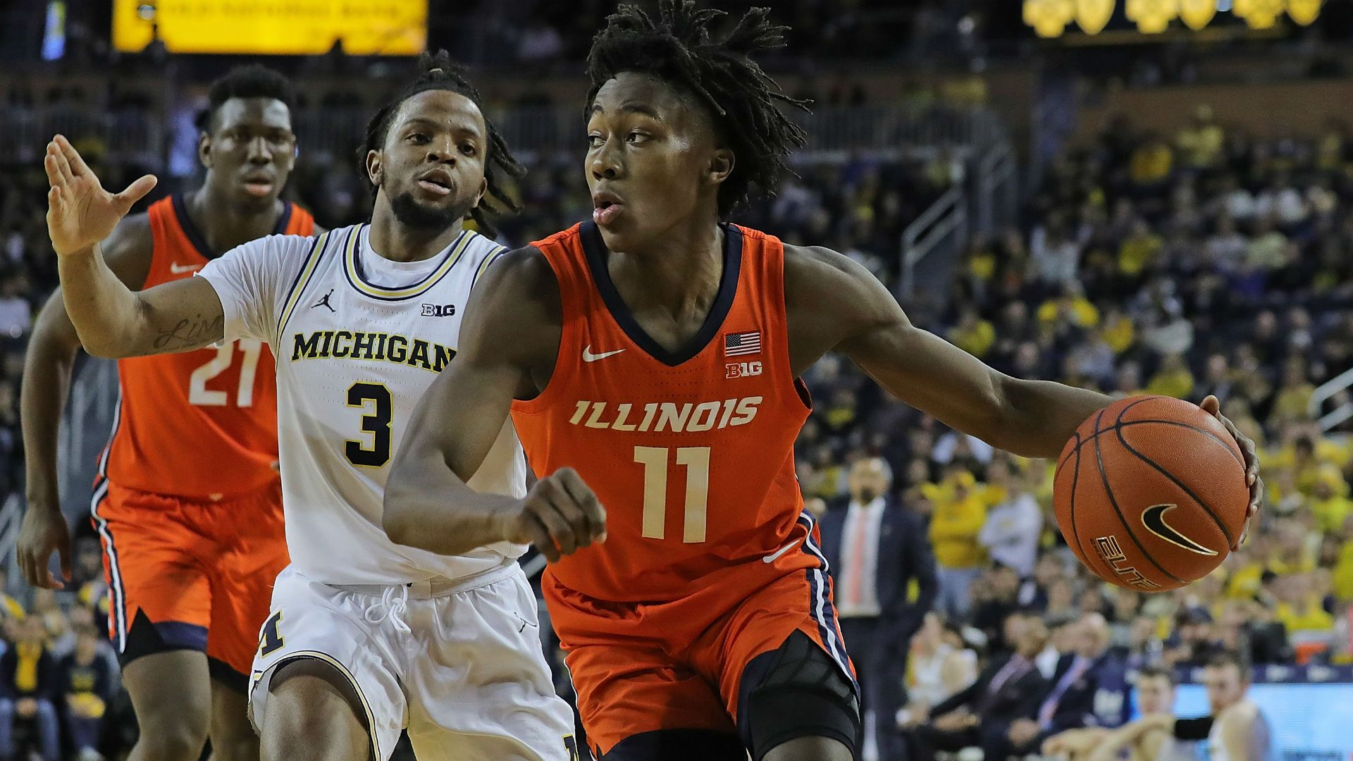 After Withdrawing From Nba Draft Illinois Ayo Dosunmu Must Fix Glaring Flaw In His Game Ayo Dosunmu Has Attempted 240 3 Poi Nba Draft Nba News Basketball News
