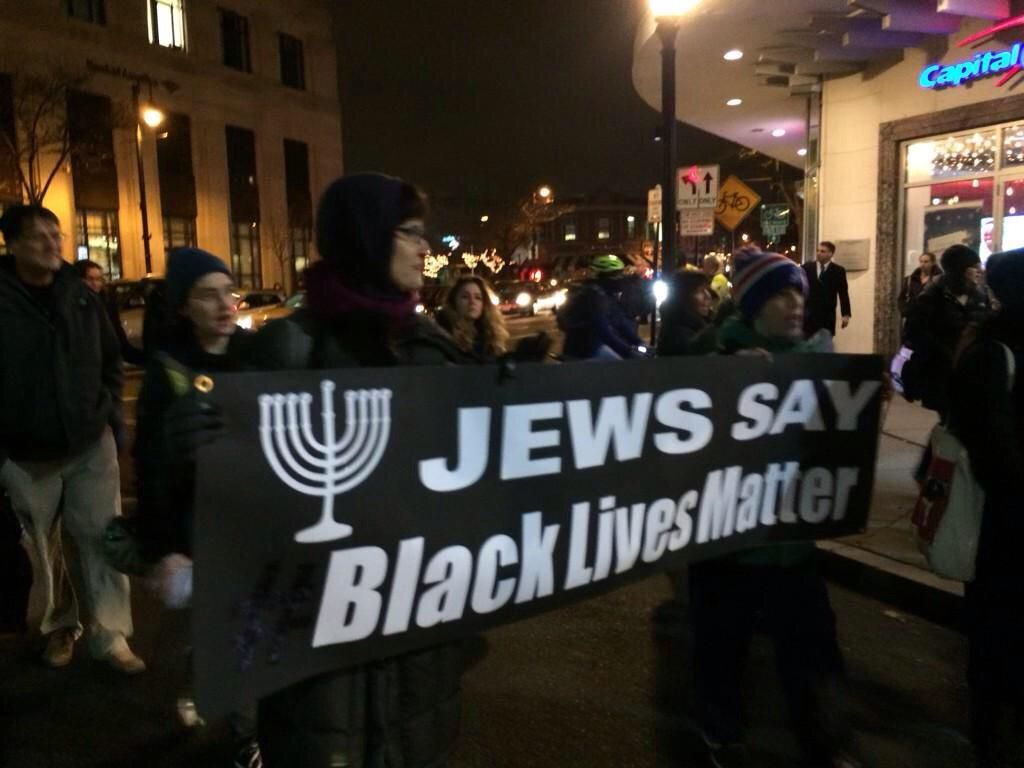 Earlier this week, Black Lives Matter and 60 of its affiliates issued a fresh set of demands calling for criminal justice reform, reparations, and an end to the death penalty, among other things. Included in the new policy platform was a section criticizing Israel of for its mistreatment of the Palestinian people. Jewish supporters of the anti-police …