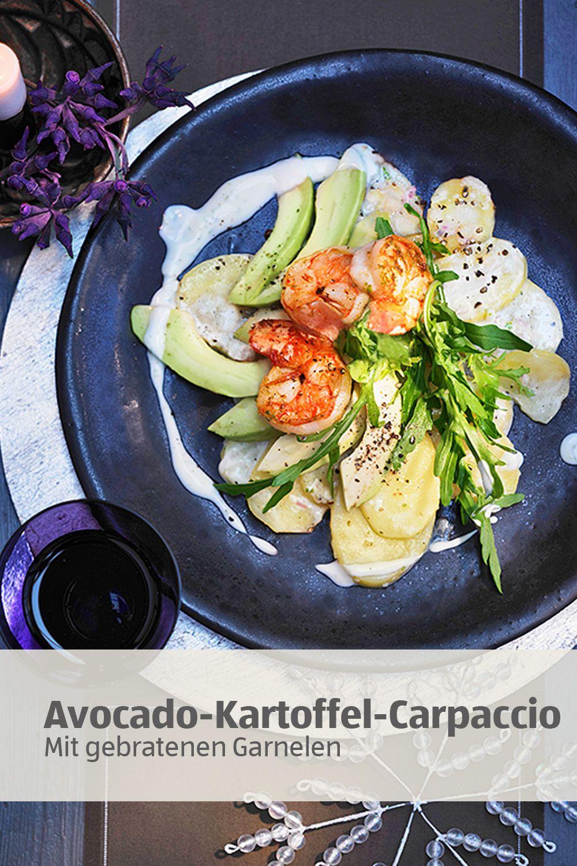 Aldi Weihnachtsessen.Avocado Kartoffel Carpaccio Mit Gebratenen Garnelen Die Perfekte